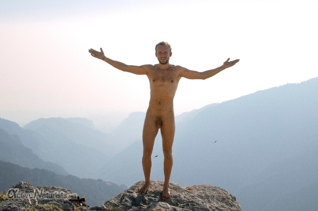 naturist 00201 E4 trail, Mount Olympus, Greece