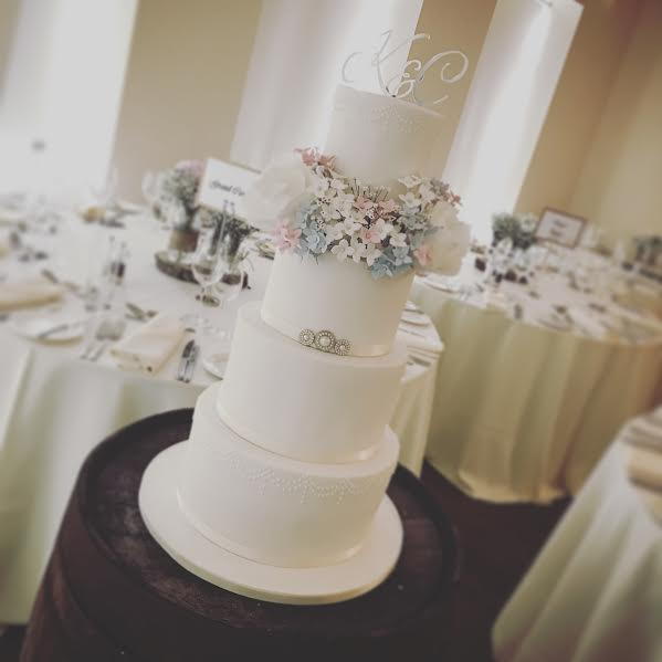 Cake from Amy Archibald of Couture Wedding Cakes by Sweetcheeks