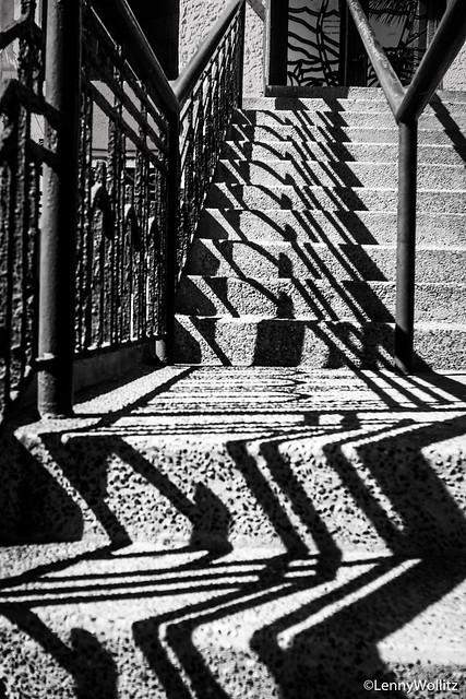 Shadows, Sombras
