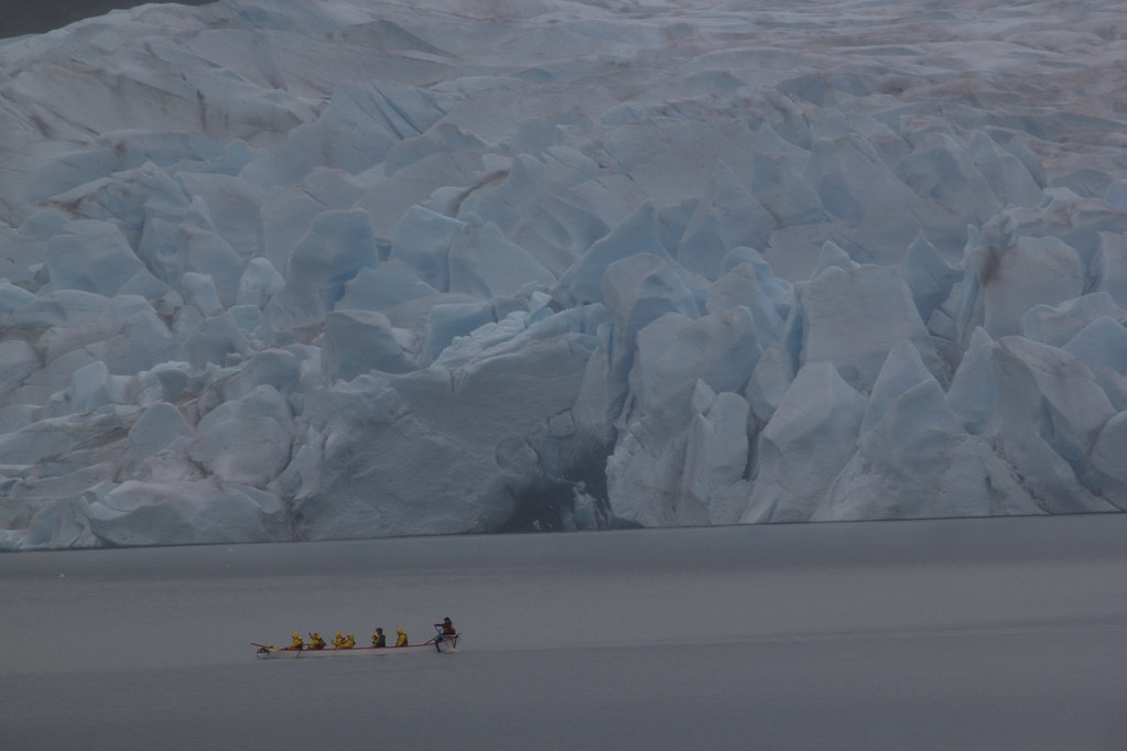 Kayakers at Mendenhall glacier | Telephoto lens