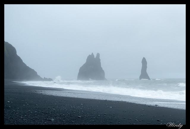 Rocas Reynisdrangar desde Playa Reynisfjara