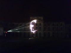 80 Jahre Citroen Traction Avant 2014 La Ferte-Vidame 643 Spectacle Laser et Pyrotechnique