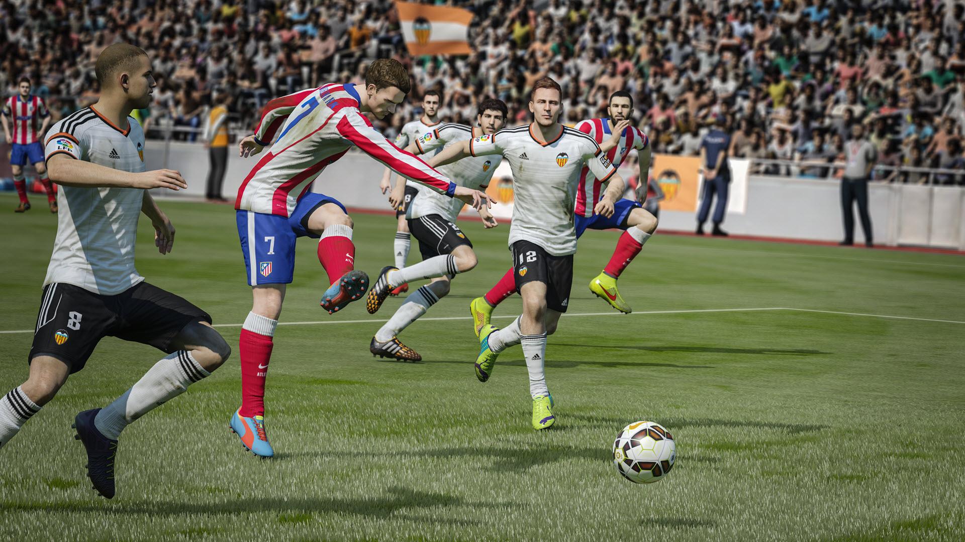 FIFA15_XboxOne_PS4_AtleticoMadrid_vs_Valencia_Shot