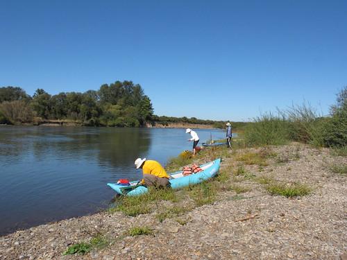 Peoria-Corvallis-Willamette-kayak-04-141003