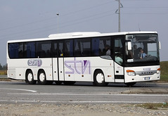 flxible new look bus(0.0), vehicle(1.0), transport(1.0), mode of transport(1.0), public transport(1.0), tour bus service(1.0), land vehicle(1.0), luxury vehicle(1.0), bus(1.0),