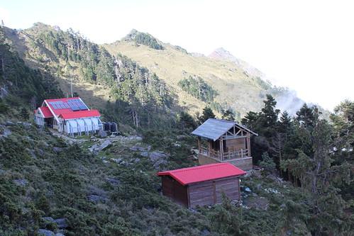 嘉明湖避難山屋。