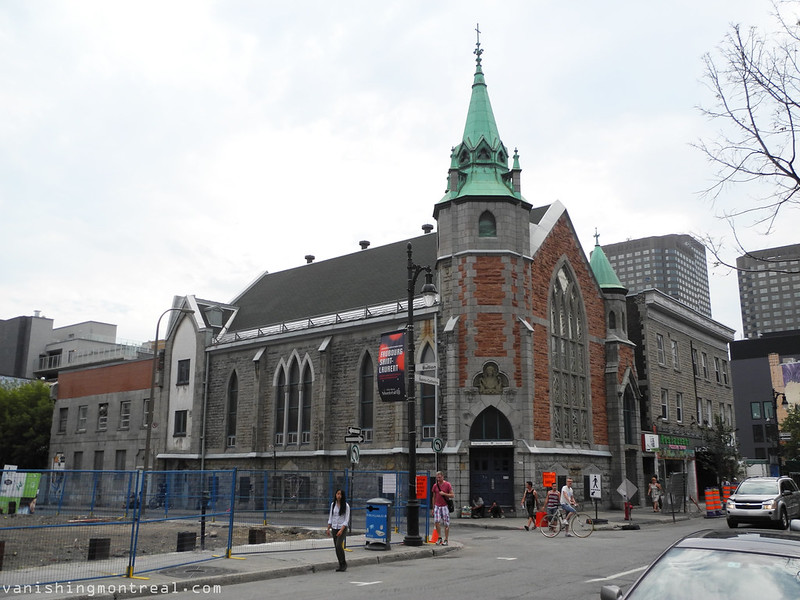 Eglise Unie St-Jean on Ste-Catherine 1