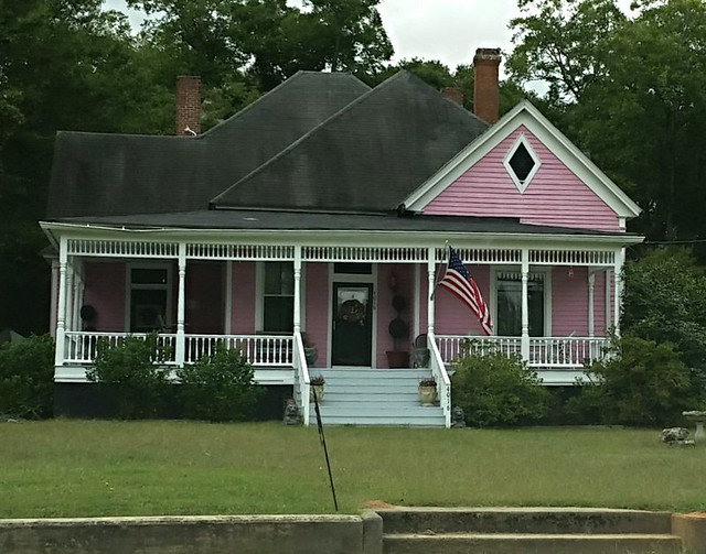 IMG_20140927_132409 2014-10-27 Pink House Between Newborn and Shady Dale Georgia driving to Hilton Head