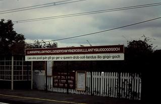 92-114  Llanfairpwllgwyngy-llgogeryhwyrndrobwllllantysiliogogogoch Station