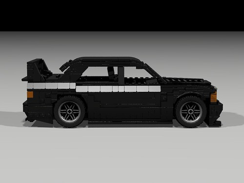 Lego 1990 Mercedes 190E Evo II - side