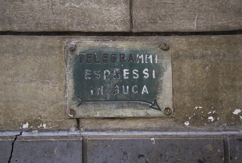 Telegrammi espressi in buca
