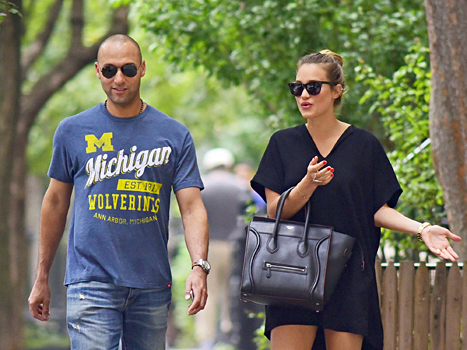 Derek Jeter - Sportiqe Michigan Wolverines T-Shirt