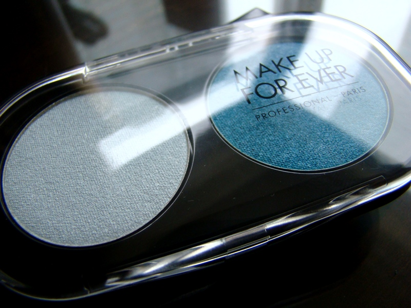 Make Up For Ever duo eye shadow