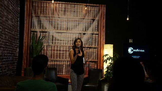 라스베가스에 있는 기업들이 정보를 교류하고 네트워킹할 수 있는 소규모 강연회를 열고 있다 (@CC BY-SA / @Jennief)