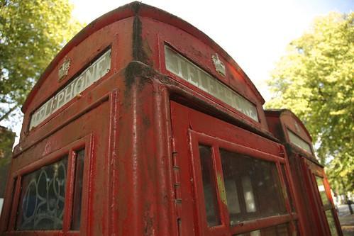 Chiswick High Road Telephone 4