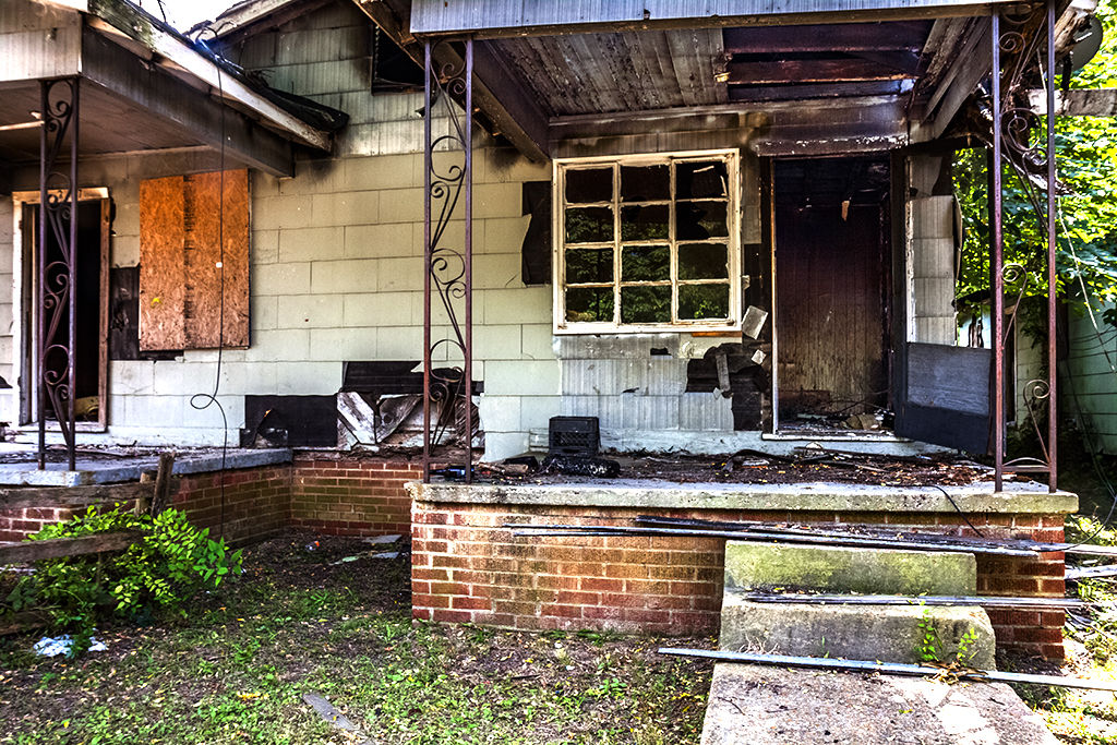 Abandoned-houses-on-9-27-14--Jackson