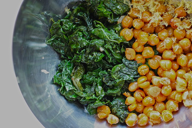 roasted chickpeas and kale