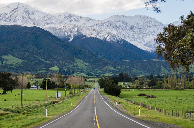 Long road in to Kaikoura
