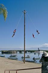 Voladores en Papantla en Chapala ...