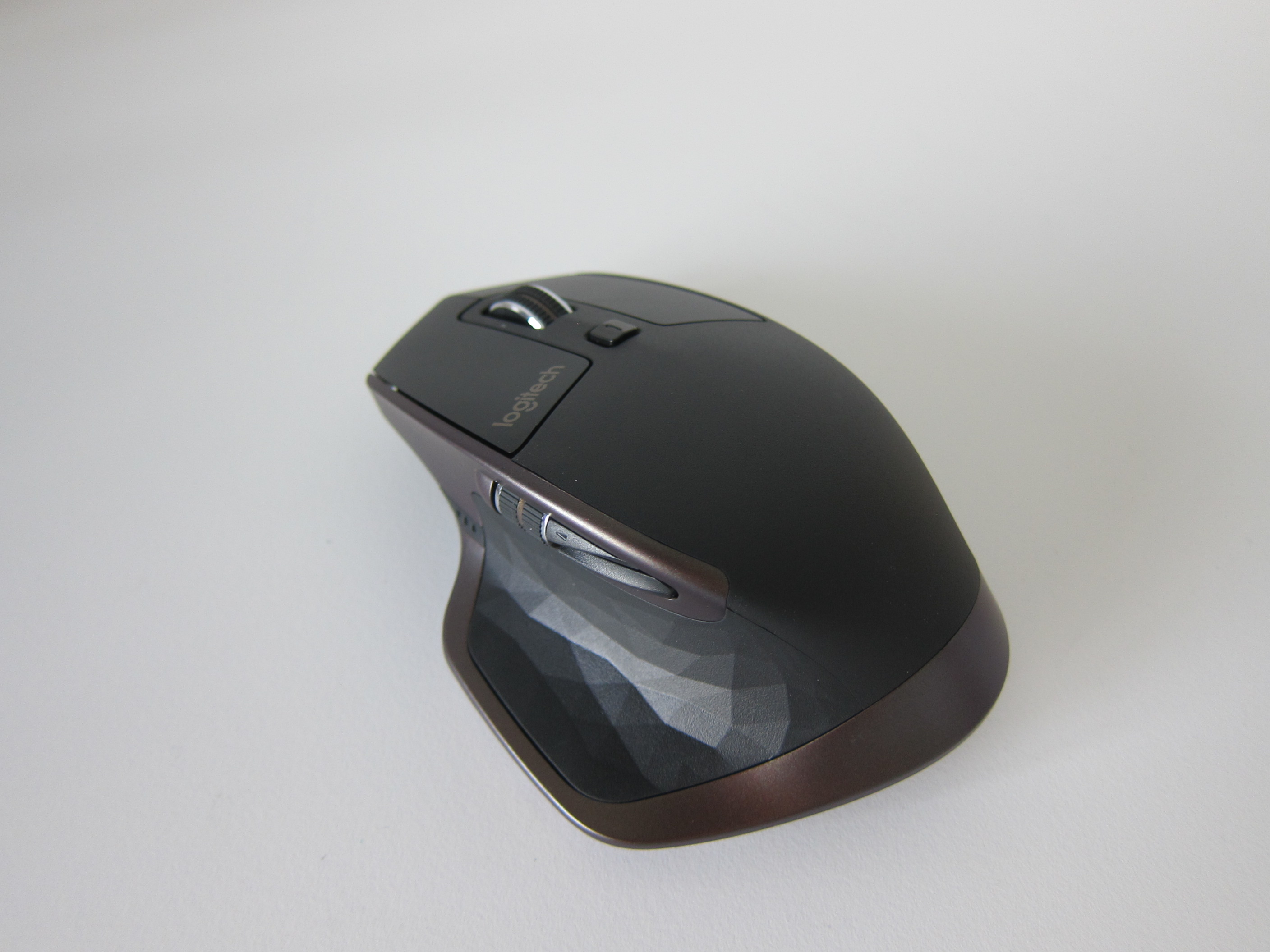 how to connect logitech wireless mouse