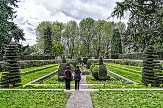 THE SUNKEN GARDEN IN FARMLEIGH [THIS WAS ANOTHER FEATURE THAT I WAS NOT AWARE OF]-127256