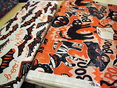 Halloween fabric at Den Depot van het Machien