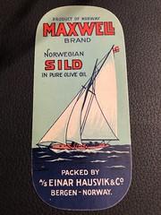 Einar Hausvik iddis  sardine label