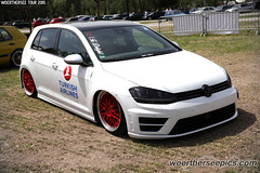 Turkish Airlines white VW Golf M7 GTI