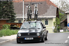 Grey VW Golf Mk2