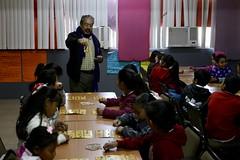 Año internacional de la lengua indígena Taller de lotería en lengua Yaqui en la escuela Lázaro Mercado en el Coloso Bajo